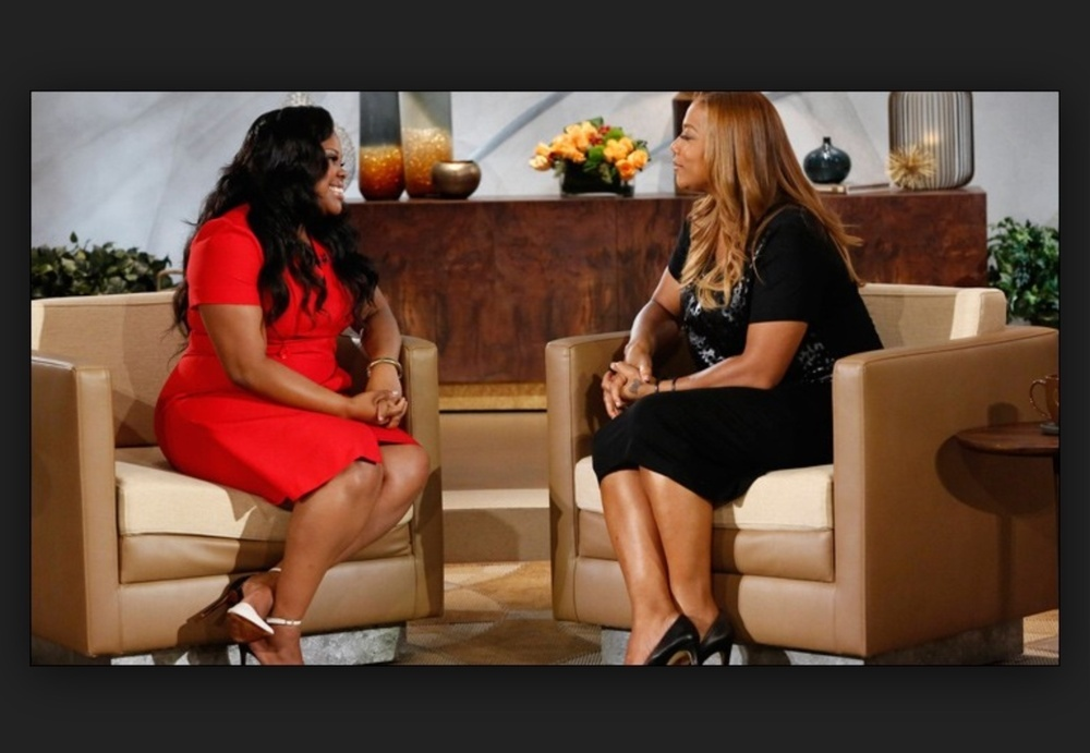 Amber Riley in ASOS Curve on the Queen Latifah Show